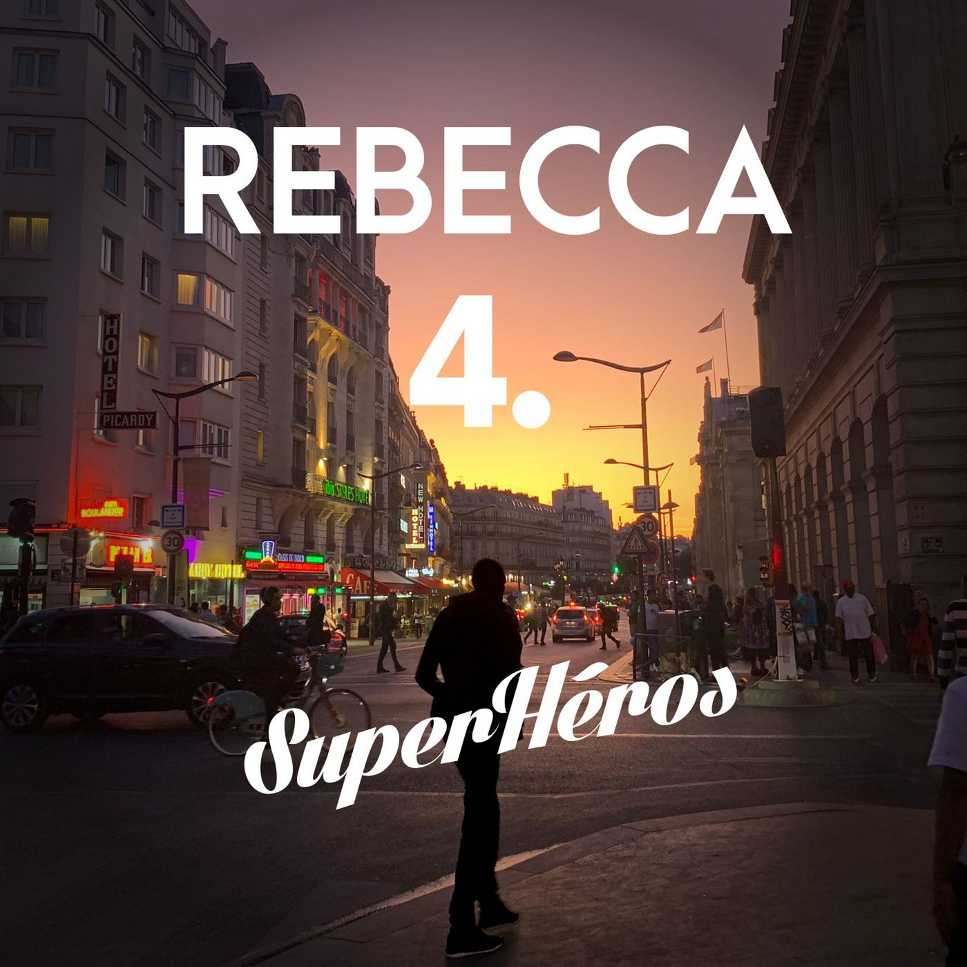 Rebecca - Episode 4 - Chose curieuse
